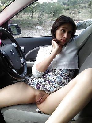Nackt im amateur madchen auto sex