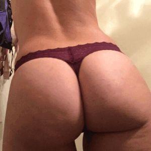 Sex big on boobs strap lesben