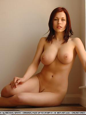 Sexy nackt white girls hot naked