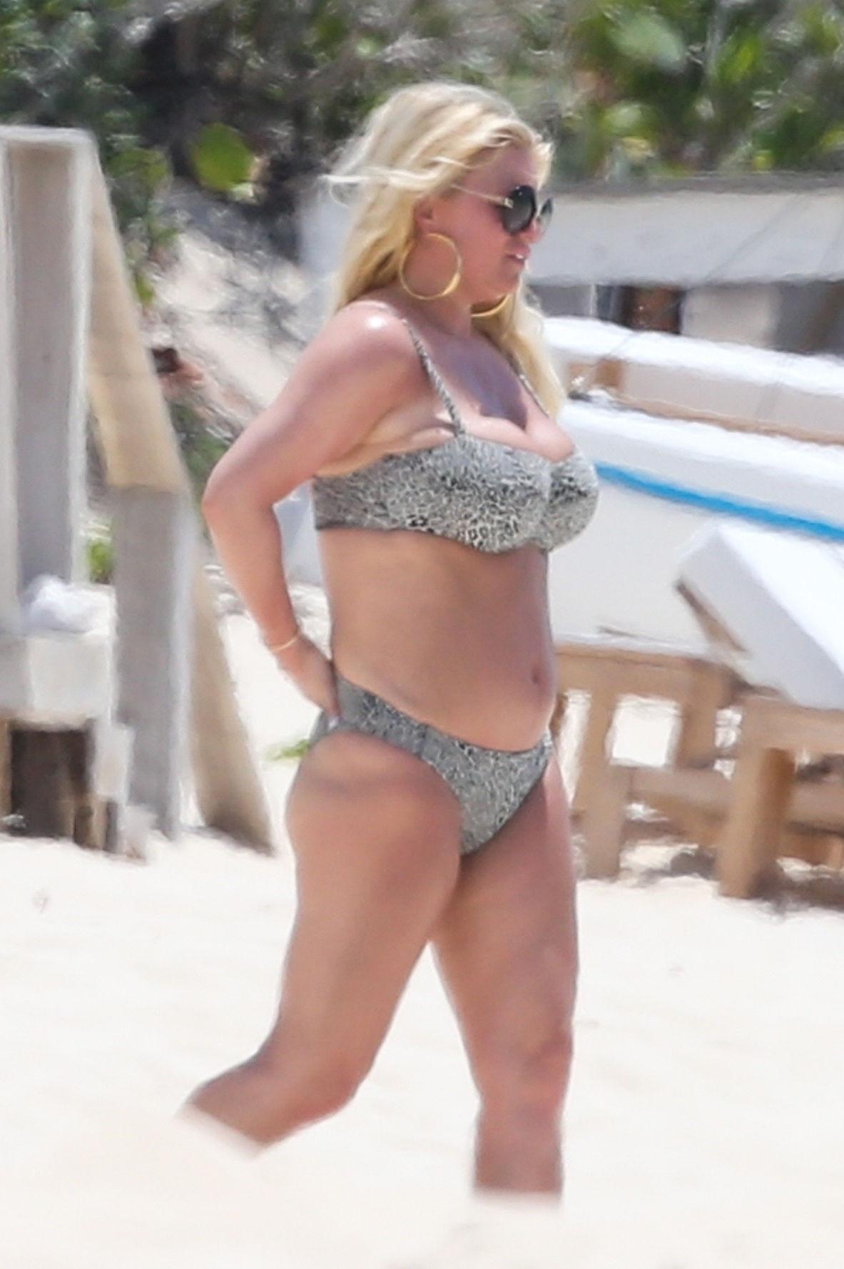 Bikini naked pics jessica simpson