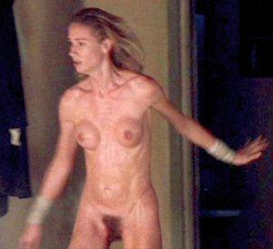 Girls nackt suicide kemper rothaarige
