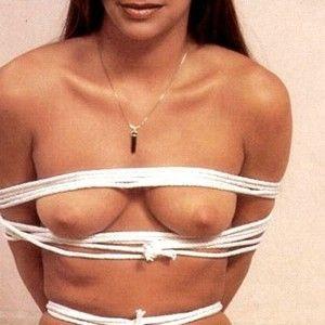 Der bilaterale auf brust knoten artillary