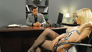 Madchen coed ivy kendra playboy