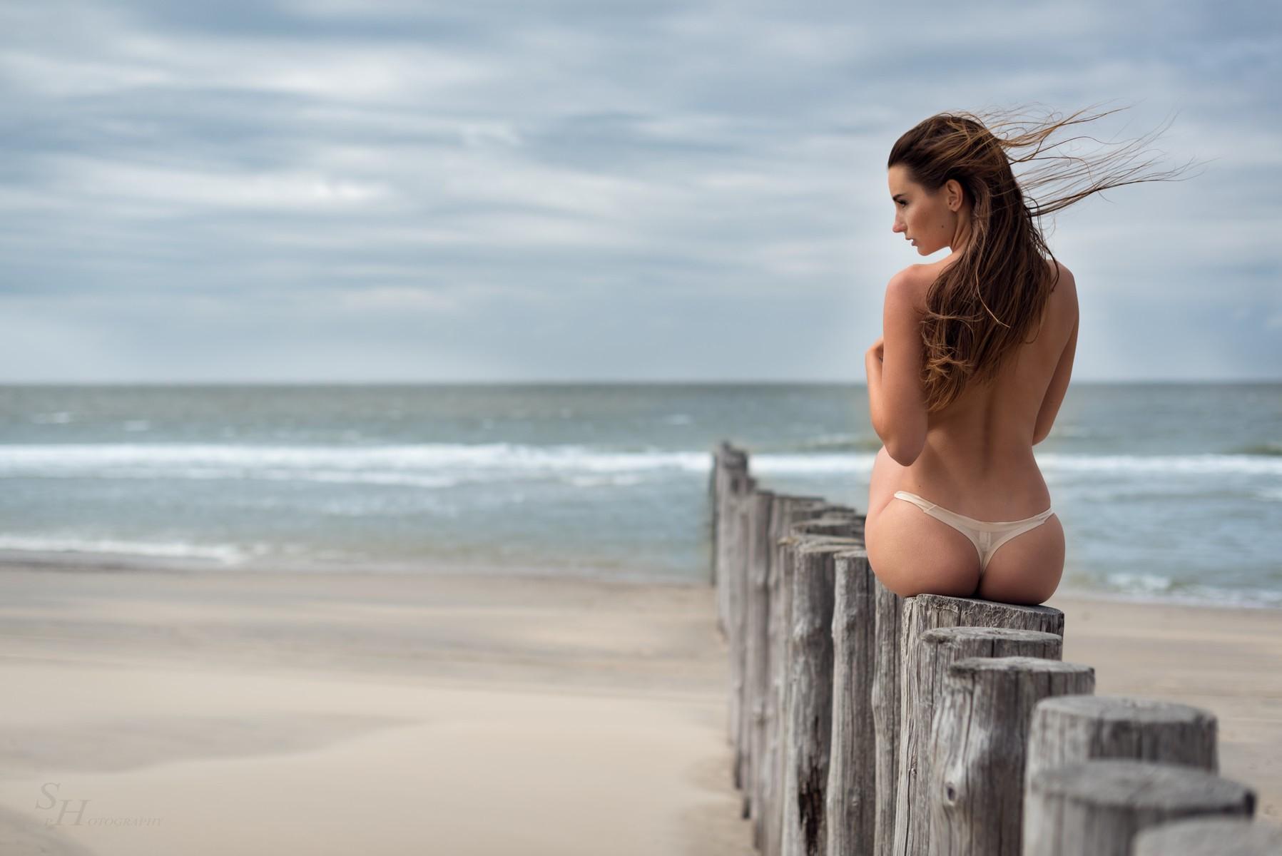 Ohne oben sexy panties girl