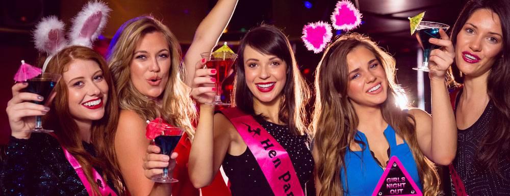 Madchen mannlichen stripper bachelorette party
