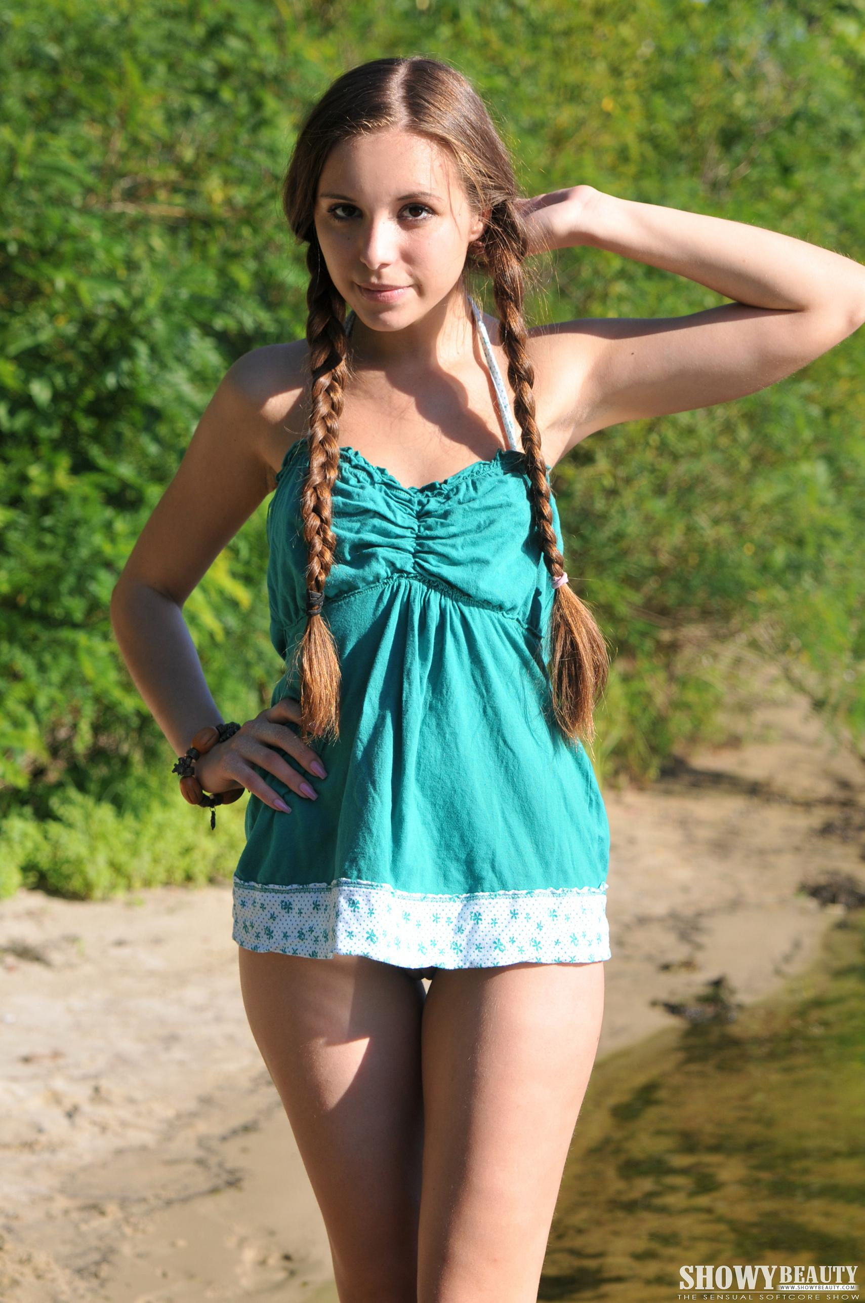 Nude chested jpg pics young flat free