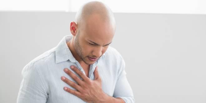 Der brust pinkeln schmerzen in beim
