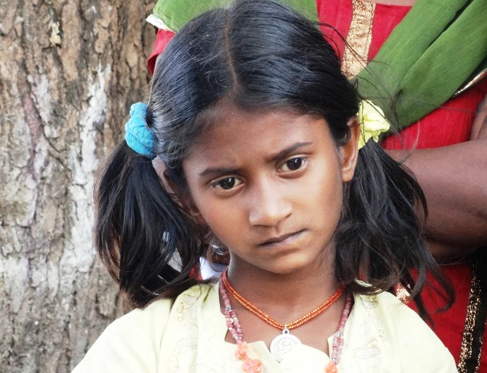 Madchen indischen sehen durch desi