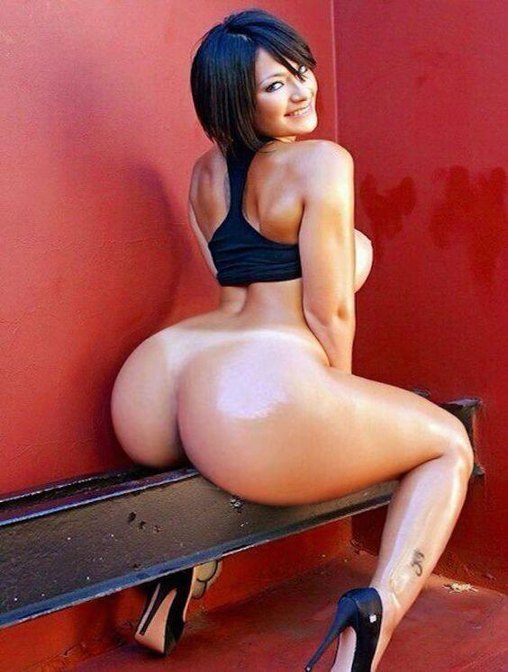 Nackt bad ass sexy frauen