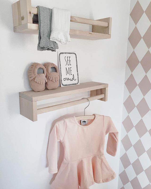 Hoschen in kleines rosa gefickt madchen