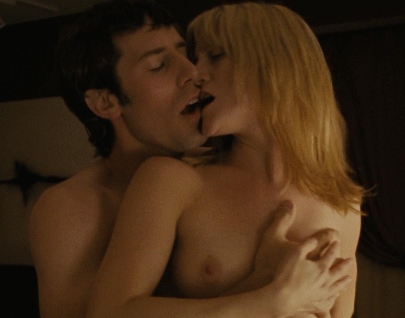 Love geleckt jennifer nackt hewitt