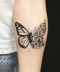 Pussy schmetterling tattoo vanessa mit auf ihrer