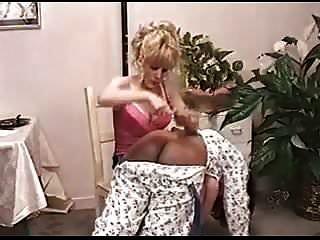 Sissy schwarzen spank herrschaft mannlichen