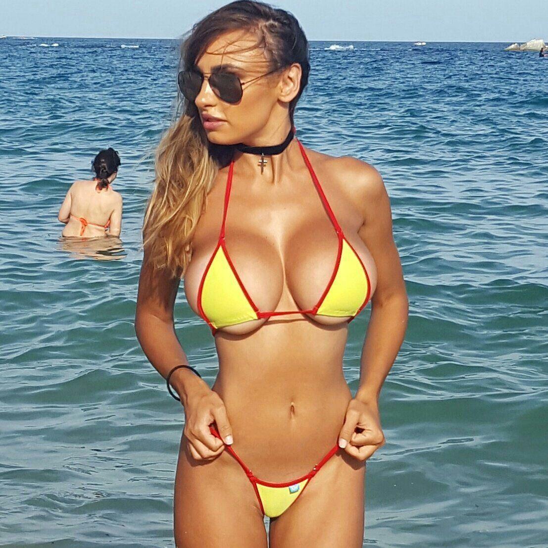 Sexy bikini madchen tit hot big
