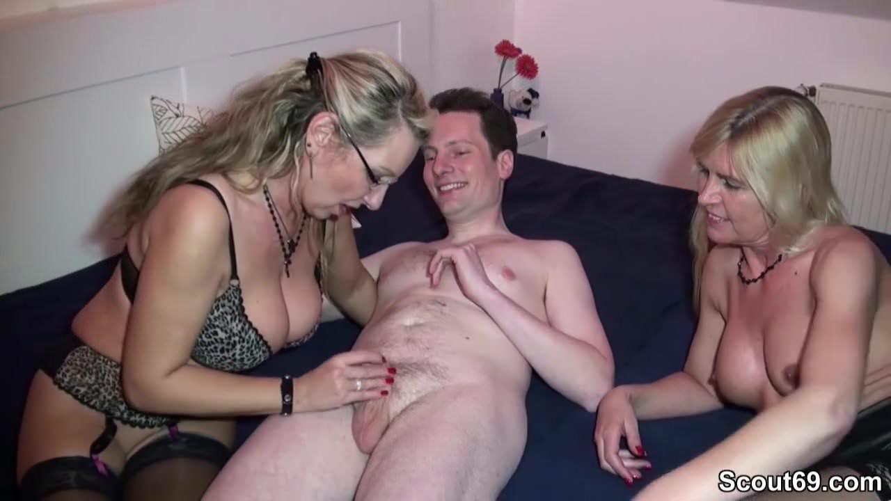 Mama sohn sex und nackt