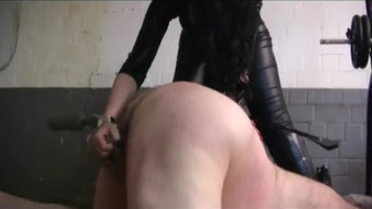 Domination sub daddy schlampe hure bdsm