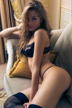 Sexy dessous madchen brunette ftv