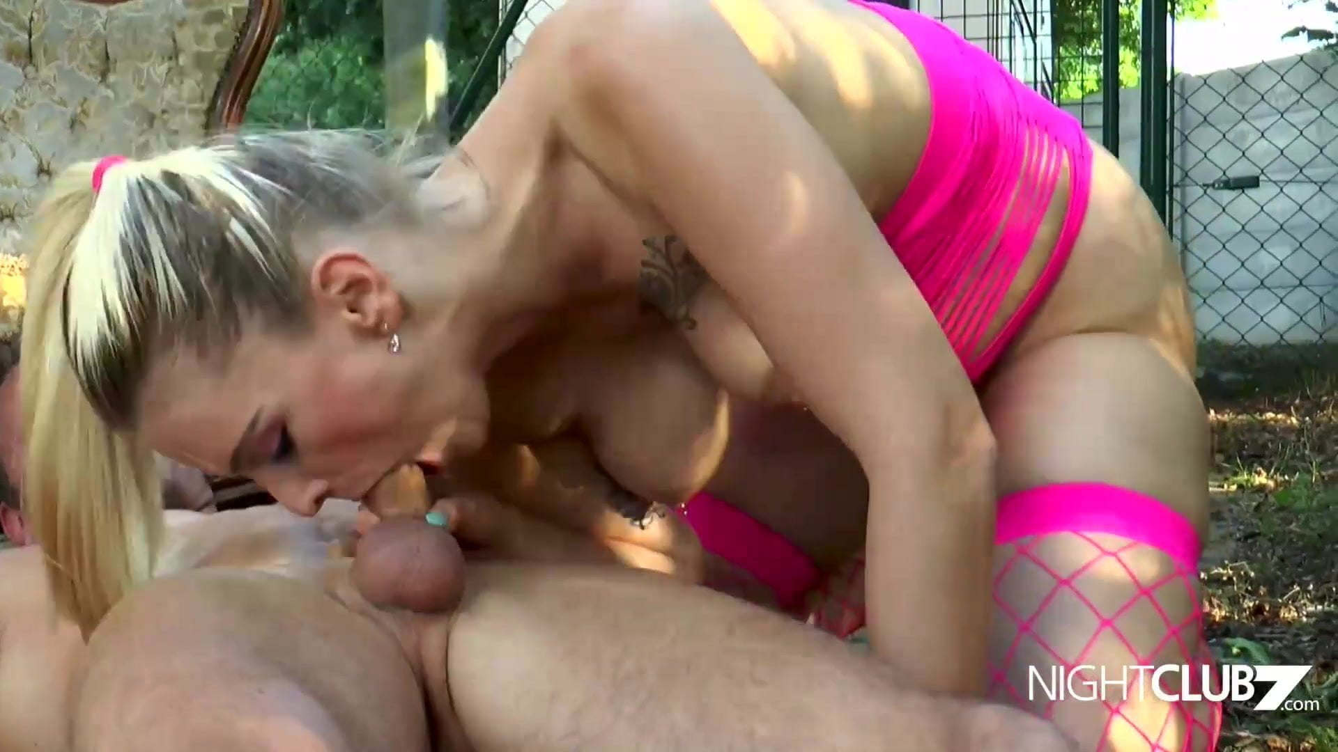 Pissen sex video online schon