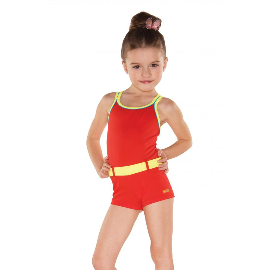 Mit beine athletischen madchen muskulosen