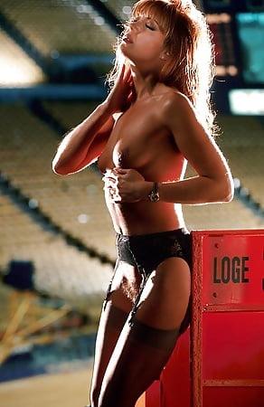 Pictorial jeanie nude playboy buss