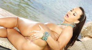Nude hewitt jennifer sexy love