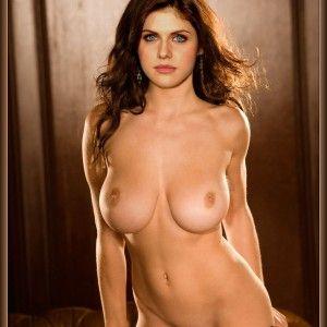 Saugen boobs big lesben sexy