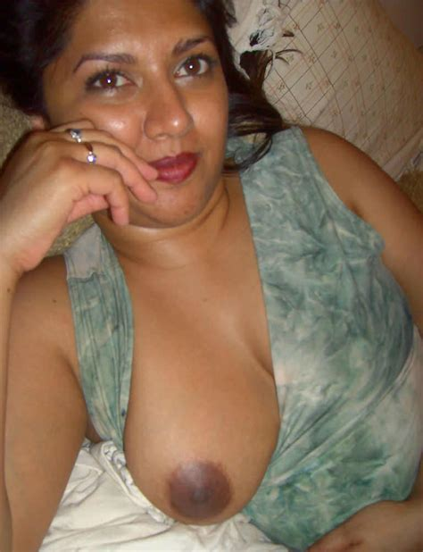 Nackt bhabi pic chubby desi bbw nackt