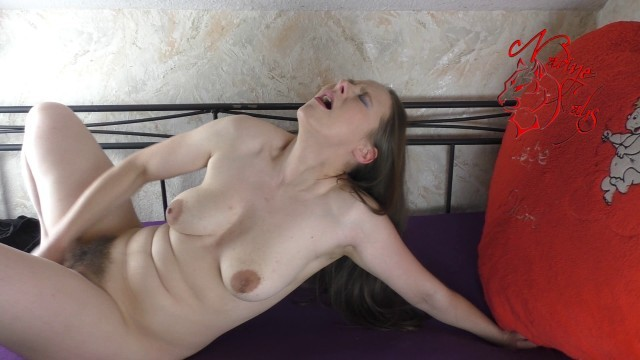 Haarigen pussy big penis der in