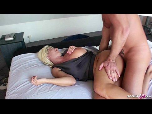 Mom porno pics arsch hot