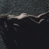 Nackt von adriana patridge den hugeln