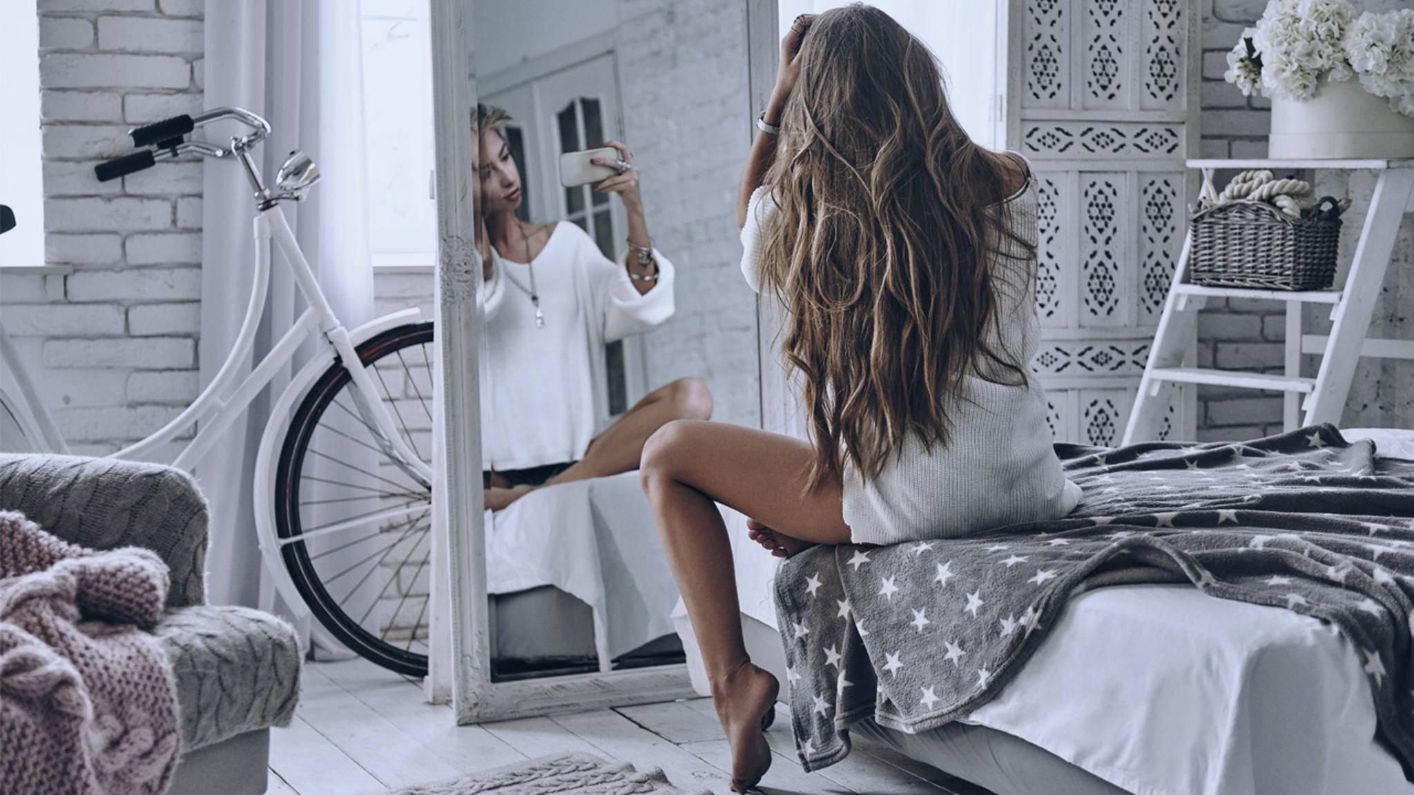 Pic girls spiegel selbst nackt iphone